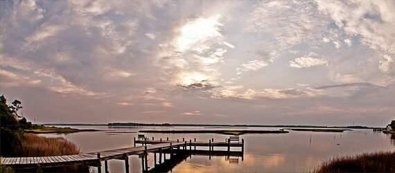 Calm scenery of a lakeside
